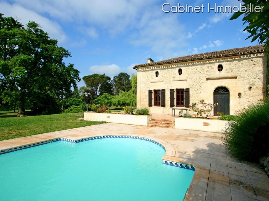 Vente maison avec appartement et piscine proche bordeaux for Appartement bordeaux avec piscine